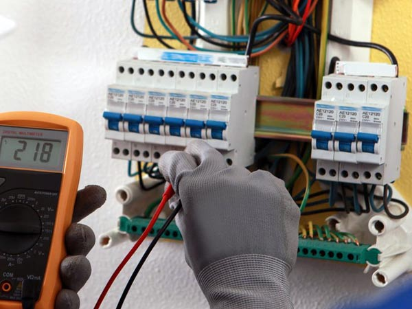 Impianto elettrico casa valsamoggia vignola preventivo - Impianto elettrico di casa ...